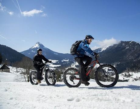 VTT électriques sur neige avec Aravis VTT